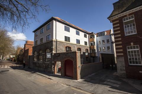 1 bedroom apartment to rent - Sugar Store, Cabot Mews, Bristol