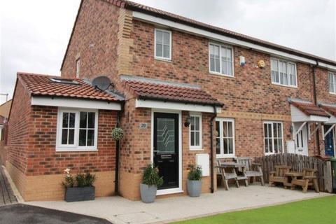3 bedroom terraced house for sale - Cornstone Fold, Farnley, LS12
