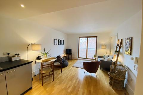 2 bedroom apartment to rent - The Foundry, Lower Chatham Street, Manchester