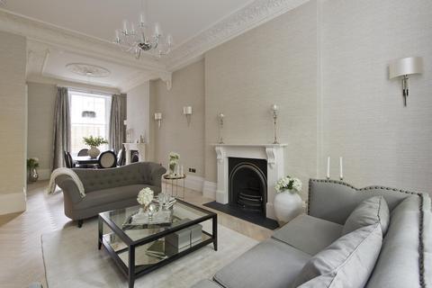 3 bedroom apartment to rent - Kensington Gardens Square, London, UK, W2