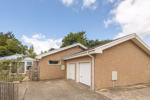4 bedroom detached bungalow for sale - Lime Close, Dorchester