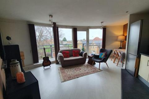 1 bedroom flat for sale - Memorial Heights, Monarch Way, Ilford, Essex, London, IG2 7HS