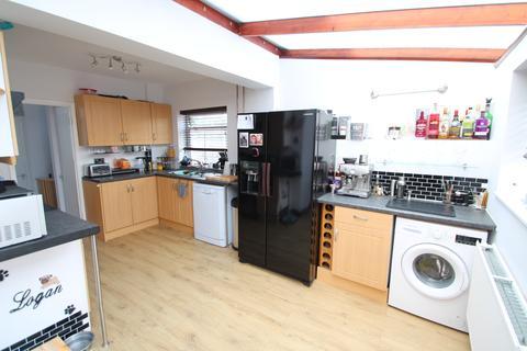 3 bedroom semi-detached house for sale - Olive Crescent, Portchester, Portchester PO16