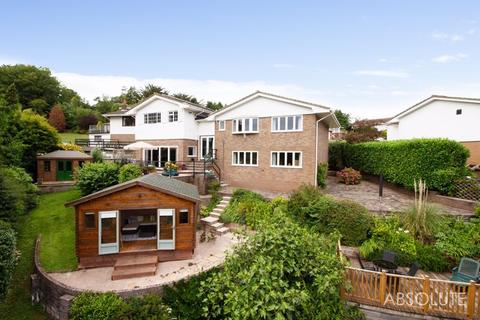4 bedroom detached house for sale - Den Brook Close, Torquay