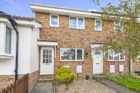 2 bedroom terraced house to rent - Chaffinch Close, Weymouth