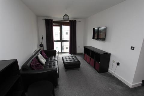 2 bedroom flat to rent - Waterloo Apartments, Waterloo Street
