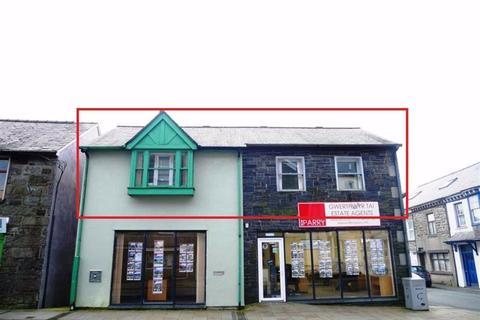 2 bedroom apartment to rent - High Street, Blaenau Ffestiniog, Gwynedd