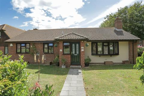 3 bedroom detached bungalow for sale - Edenfield, Birchington