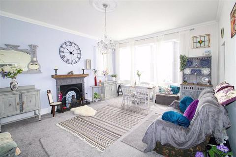 2 bedroom flat for sale - Warrior Square, St. Leonards-on-sea, East Sussex