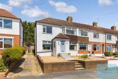 3 bedroom end of terrace house for sale - Morecambe Road, Brighton, BN1