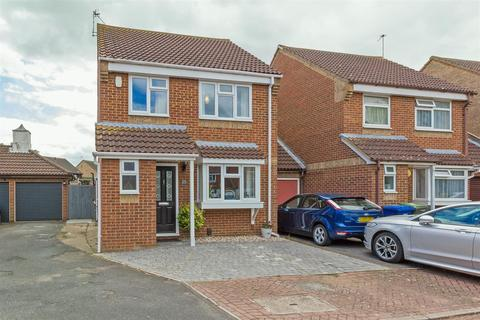 3 bedroom link detached house for sale - Beauvoir Drive, Kemsley, Sittingbourne