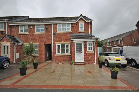 3 bedroom townhouse for sale - West Bank Street, Widnes, WA8