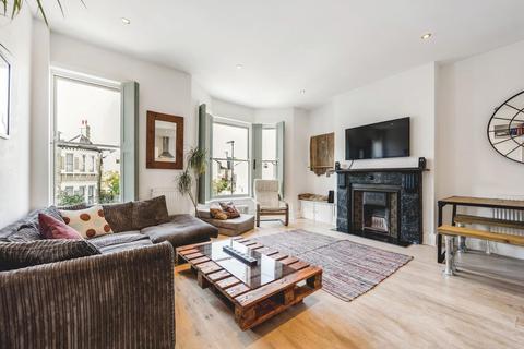 2 bedroom flat for sale - Arodene Road, SW2