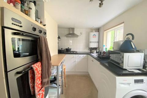 House share to rent - Cobden Road, West Sussex