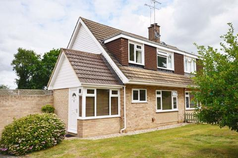 3 bedroom semi-detached house for sale - Riverdale, Wrecclesham, Farnham