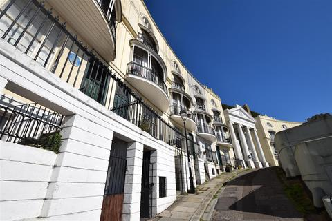 1 bedroom flat for sale - Pelham Crescent, Hastings