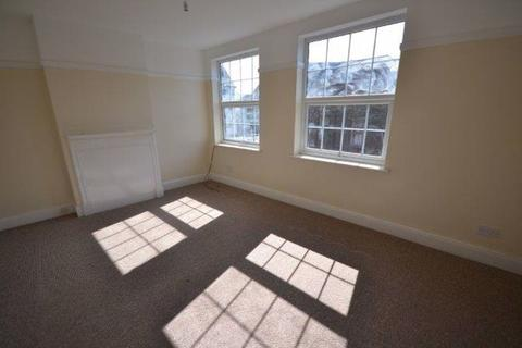 2 bedroom flat to rent - Clarendon Park Road, Clarendon Park, Leicester, LE2 3AJ