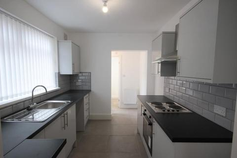3 bedroom terraced house to rent - Clumber Street, Hull