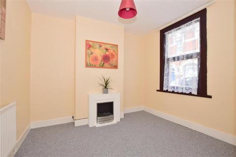 2 bedroom terraced house - East Street, Gillingham, Kent