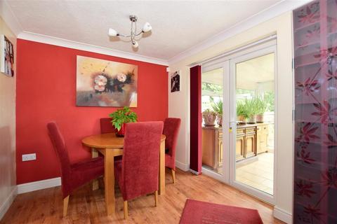 3 bedroom detached bungalow for sale - Bramley Gardens, Ashford, Kent