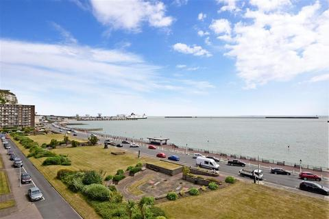 2 bedroom flat for sale - The Gateway, Dover, Kent