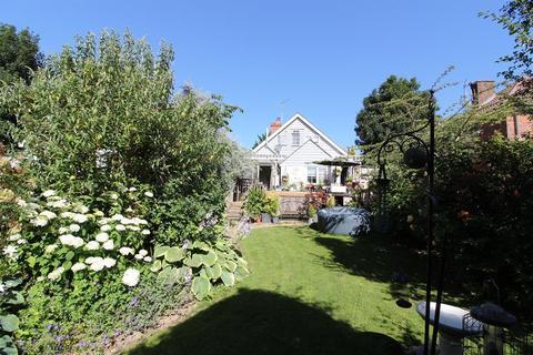 3 bedroom detached bungalow for sale - CRANBROOK