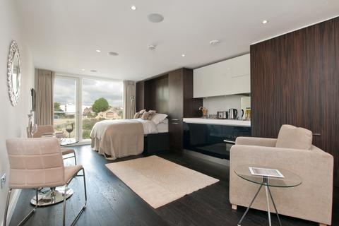 Studio to rent - Gatliff Road, Grosvenor Waterside, London, SW1W