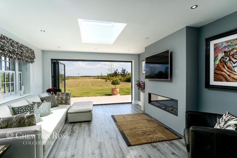 4 bedroom detached house for sale - Glebe Place, Essex