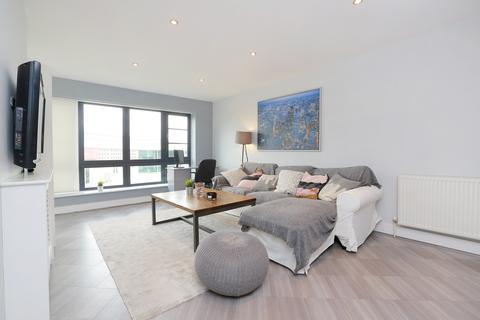 2 bedroom flat for sale - Maud Road, Leyton, E10