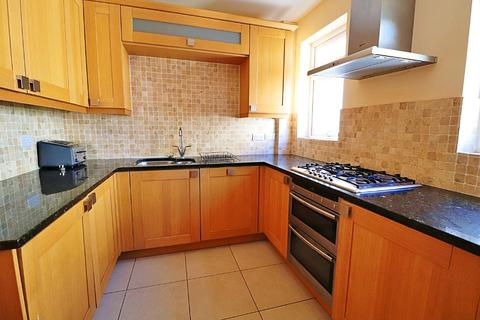 3 bedroom flat to rent - Glan Y Llyn, Lake Road East, Roath Park, Cardiff, CF23 5NP