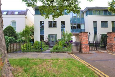 4 bedroom semi-detached house for sale - Vittoria Walk, Cheltenham, Gloucestershire, GL50 1TL