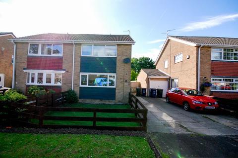 3 bedroom semi-detached house for sale - Lynton Place, Cragston Park, Blakelaw