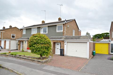 3 bedroom semi-detached house for sale - Broadstone