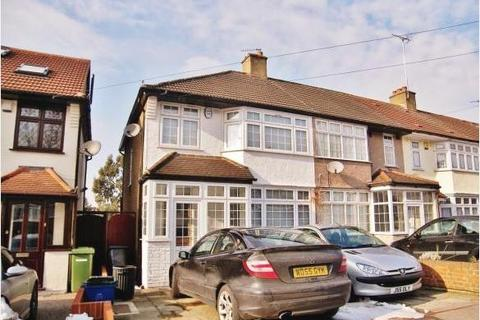 3 bedroom house to rent - Highfield Road, Woodford Green, IG8