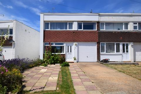 3 bedroom end of terrace house for sale - Coast Road, Pevensey Bay BN24
