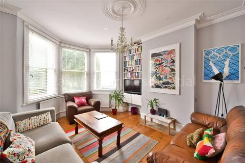 4 bedroom terraced house for sale - Downhills Park Road, London, N17