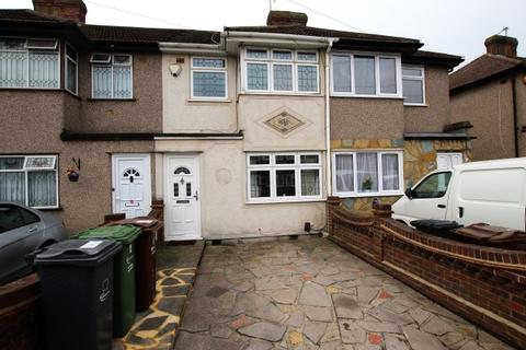 3 bedroom terraced house to rent - Second Avenue, Dagenham RM10
