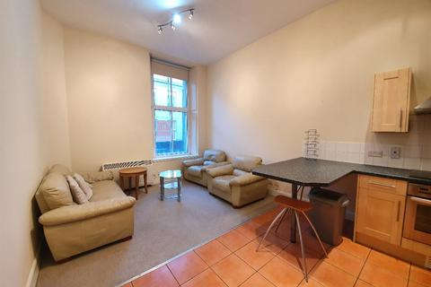 2 bedroom flat - Market Street, The City Centre, Aberdeen, AB11 5PL