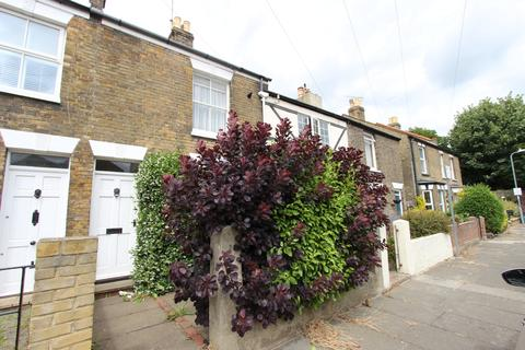 2 bedroom house for sale - St Andrews Road, Deal, CT14