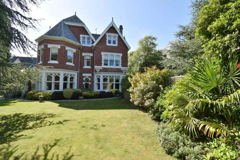 3 bedroom flat for sale - Clieveden, 36 The Avenue, Poole, BH13 6HL