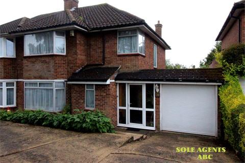 3 bedroom semi-detached house for sale - Hartland Drive, Edgware, Middlesex