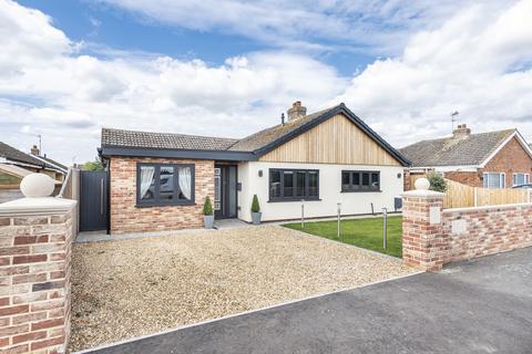 4 bedroom detached bungalow for sale - West Winch