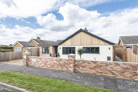 4 bedroom detached bungalow for sale - West Winch