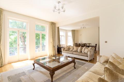 3 bedroom property to rent - Neville Court, Abbey Road, London, NW8