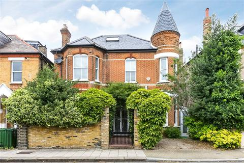 5 bedroom detached house for sale - Barrow Road, London, SW16