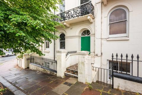 1 bedroom flat for sale - Roundhill Crescent, Brighton, BN2