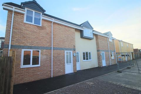 2 bedroom apartment to rent - Cinderford Apartments, Cinderford Close