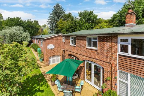 6 bedroom detached house for sale - Yardley Park Road, Tonbridge