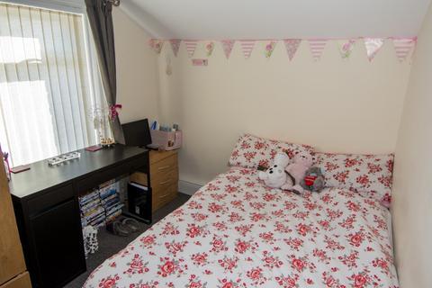 4 bedroom terraced house to rent -  Fox Street,  Sunderland, SR2
