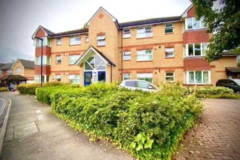 2 bedroom flat to rent - Hollygrove Close, Hounslow